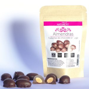 Almendras cubiertas de chocolate